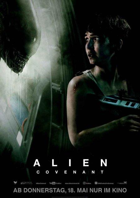 alien schiff neben iss